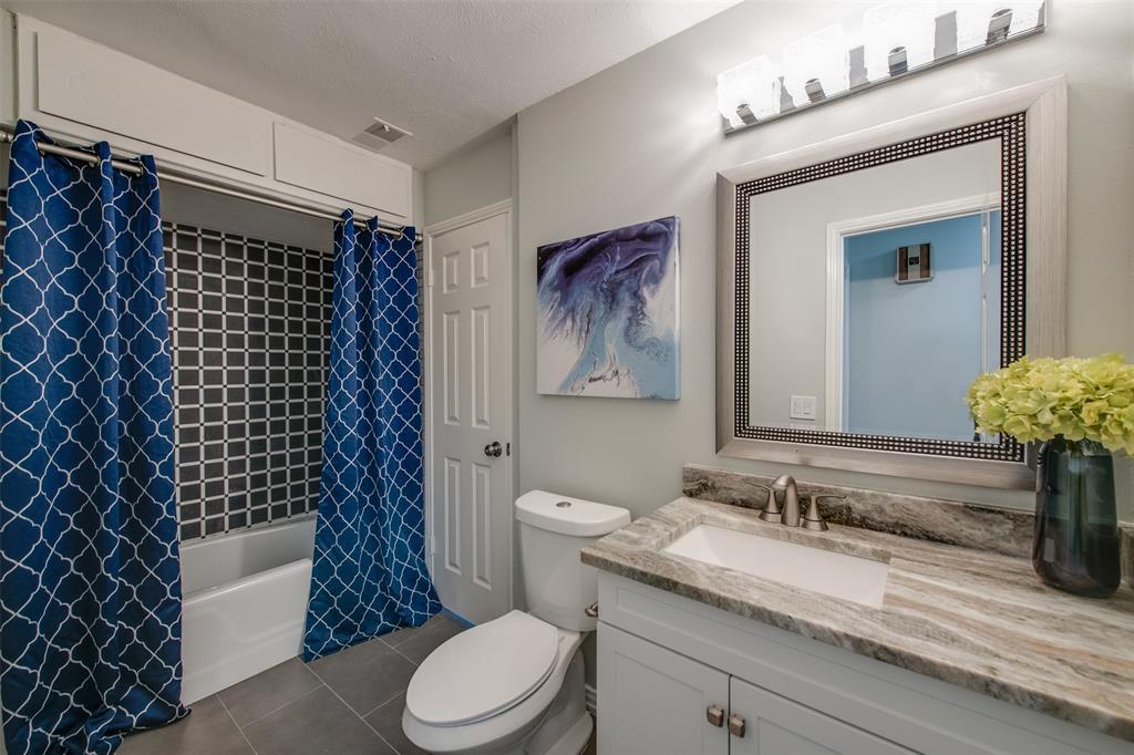 6339 Crestmont  Drive, Dallas, Texas 75214 - acquisto real estate best listing agent in the nation shana acquisto estate realtor