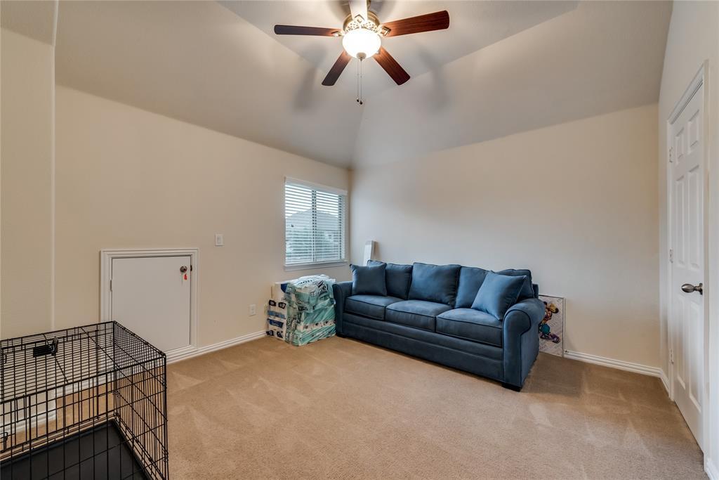 1203 Norfolk  Street, Roanoke, Texas 76262 - acquisto real estate best realtor foreclosure real estate mike shepeherd walnut grove realtor