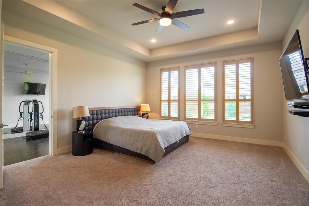 1317 Scarlet Oak  Drive, Arlington, Texas 76005 - acquisto real estate best frisco real estate agent amy gasperini panther creek realtor