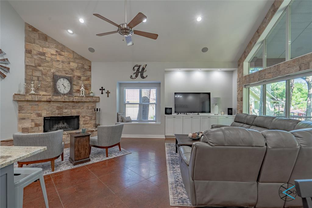 124 Robin Hood  Way, Gun Barrel City, Texas 75156 - acquisto real estate best the colony realtor linda miller the bridges real estate