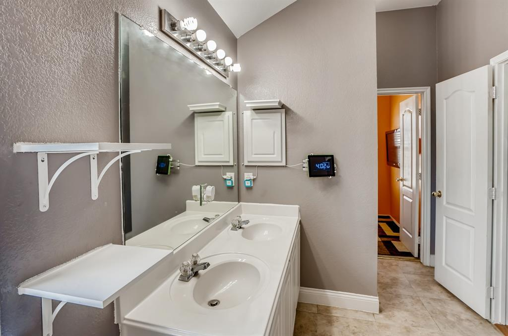 317 Creekview  Drive, Wylie, Texas 75098 - acquisto real estate best designer and realtor hannah ewing kind realtor