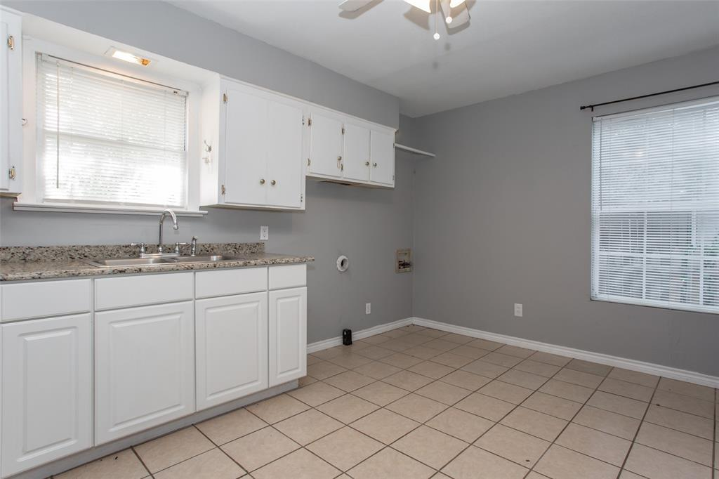 3613 Washburn  Avenue, Fort Worth, Texas 76107 - acquisto real estate best listing listing agent in texas shana acquisto rich person realtor