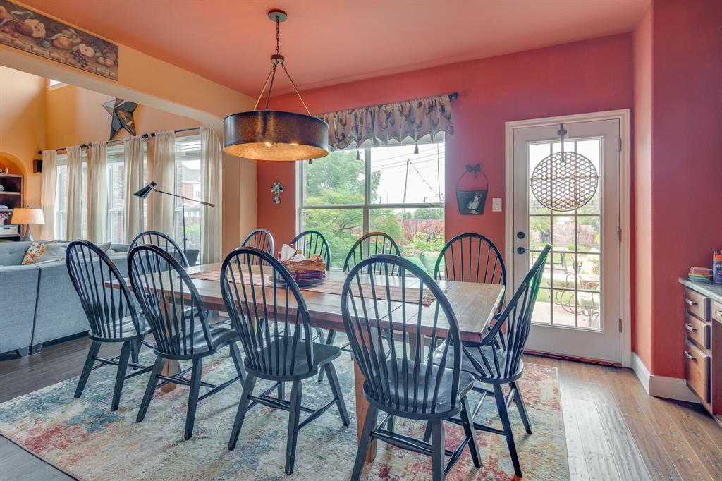 947 Yucca  Court, Burleson, Texas 76028 - acquisto real estate best luxury buyers agent in texas shana acquisto inheritance realtor