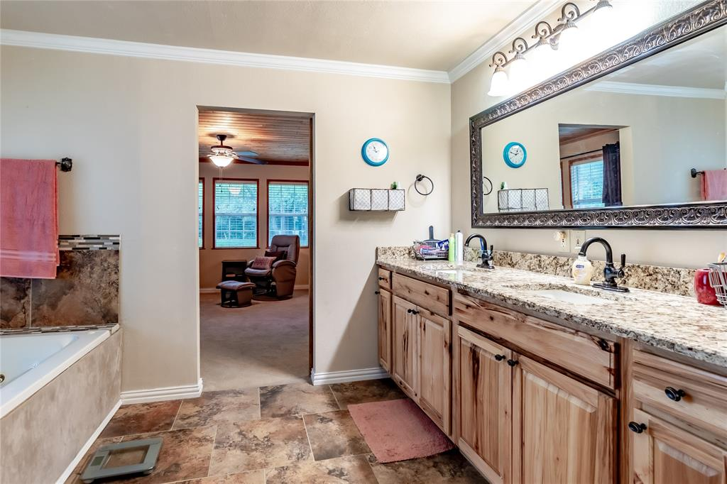 5853 Fm 36  Quinlan, Texas 75474 - acquisto real estate best frisco real estate agent amy gasperini panther creek realtor