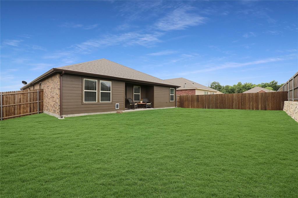 121 Woodland  Street, Anna, Texas 75409 - acquisto real estate mvp award real estate logan lawrence