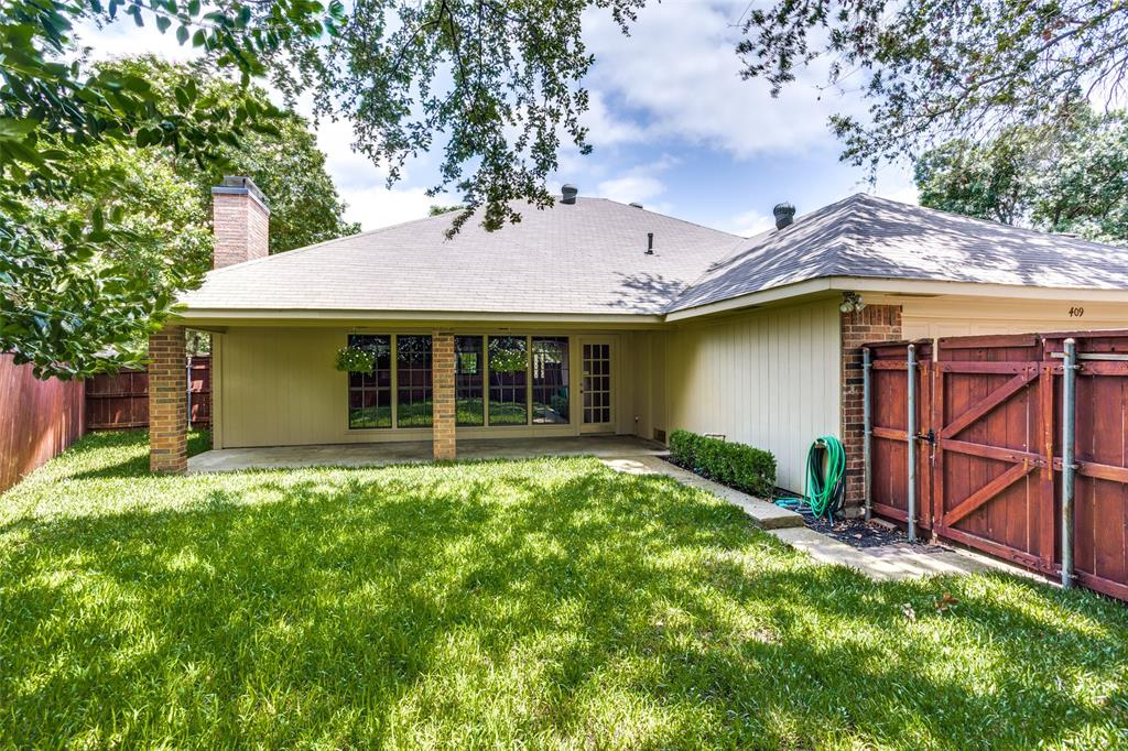 409 Brookfield  Drive, Garland, Texas 75040 - acquisto real estate best frisco real estate agent amy gasperini panther creek realtor