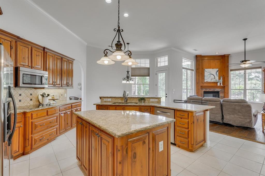 100 Maple Leaf  Double Oak, Texas 75077 - acquisto real estate best style realtor kim miller best real estate reviews dfw
