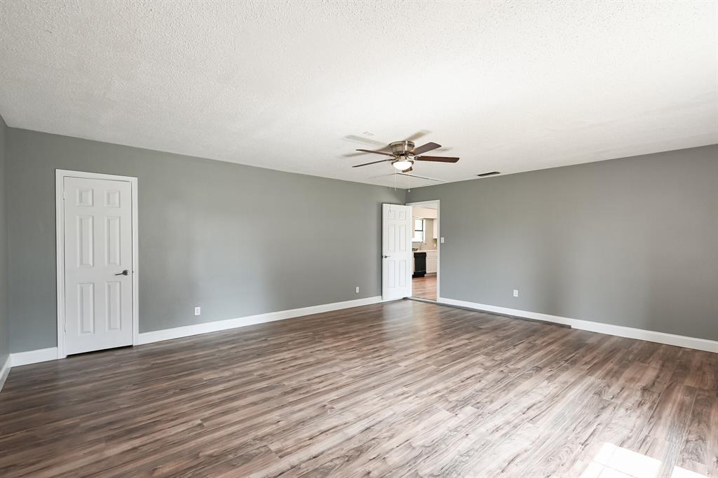 2401 Ben  Avenue, Fort Worth, Texas 76103 - acquisto real estate best realtor dfw jody daley liberty high school realtor