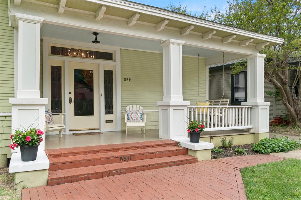 5511 Victor  Street, Dallas, Texas 75214 - Acquisto Real Estate best plano realtor mike Shepherd home owners association expert
