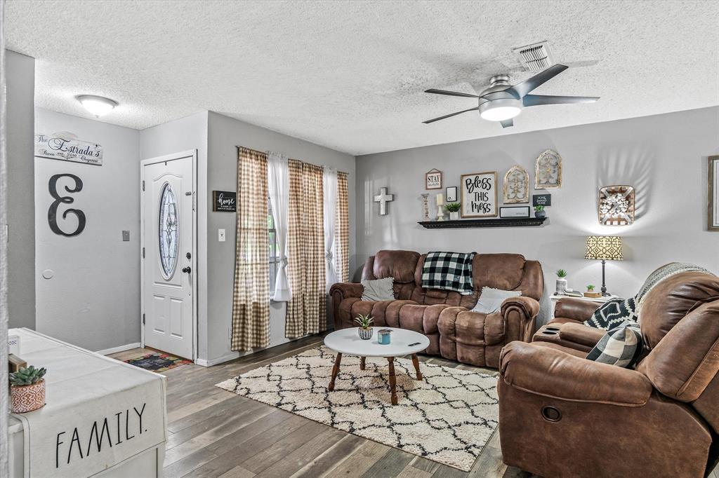 802 Lindy  Drive, Grand Saline, Texas 75140 - acquisto real estate best highland park realtor amy gasperini fast real estate service