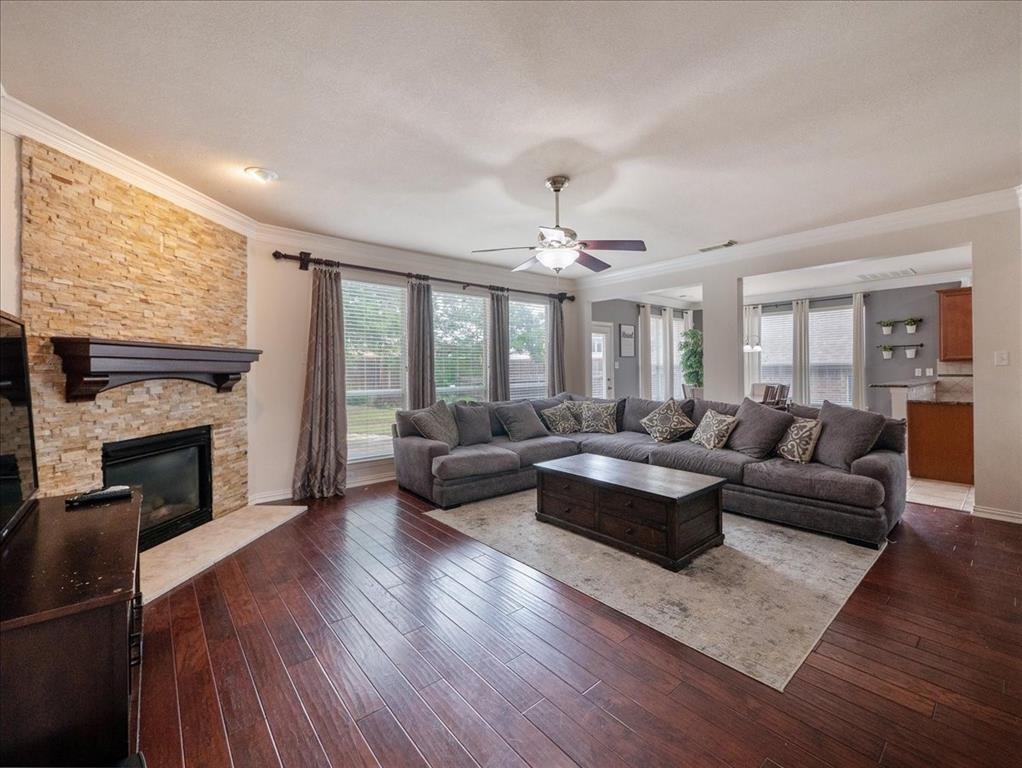 636 Campolina  Drive, Grand Prairie, Texas 75052 - acquisto real estate best allen realtor kim miller hunters creek expert