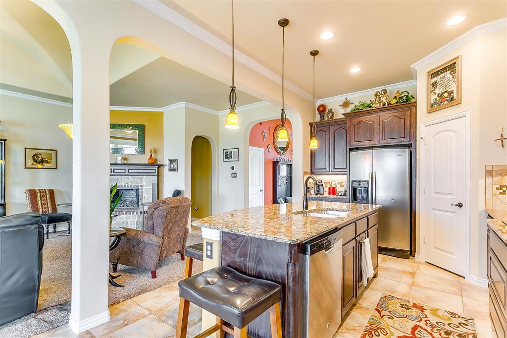 1172 Sapphire  Lane, Burleson, Texas 76058 - acquisto real estate best new home sales realtor linda miller executor real estate