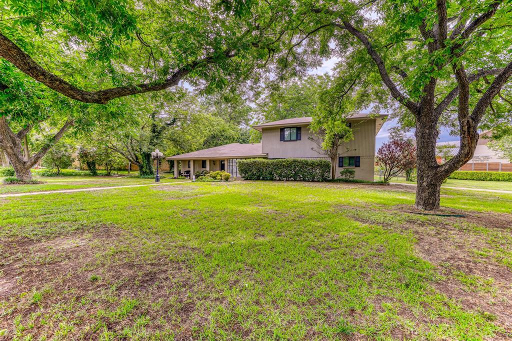 807 Hilltop  Drive, Weatherford, Texas 76086 - acquisto real estate best allen realtor kim miller hunters creek expert
