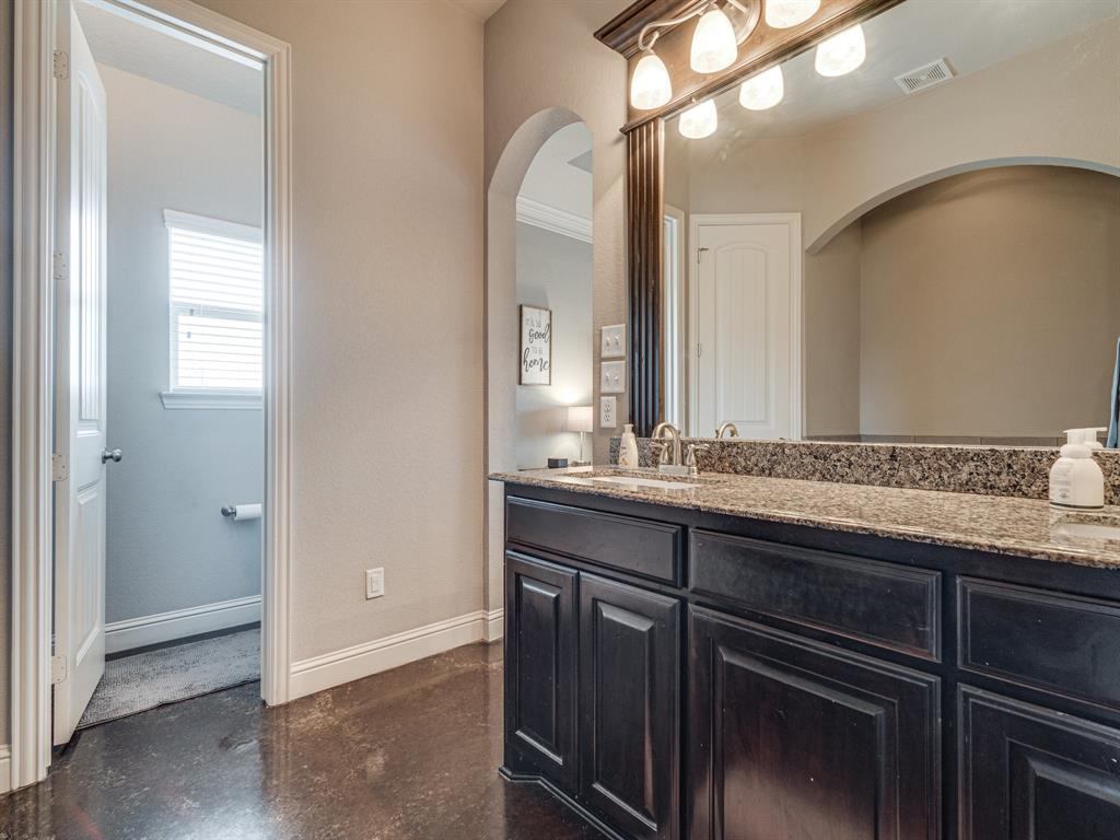 825 Broadhead  Road, Waxahachie, Texas 75165 - acquisto real estate best frisco real estate broker in texas for high net worth buyers