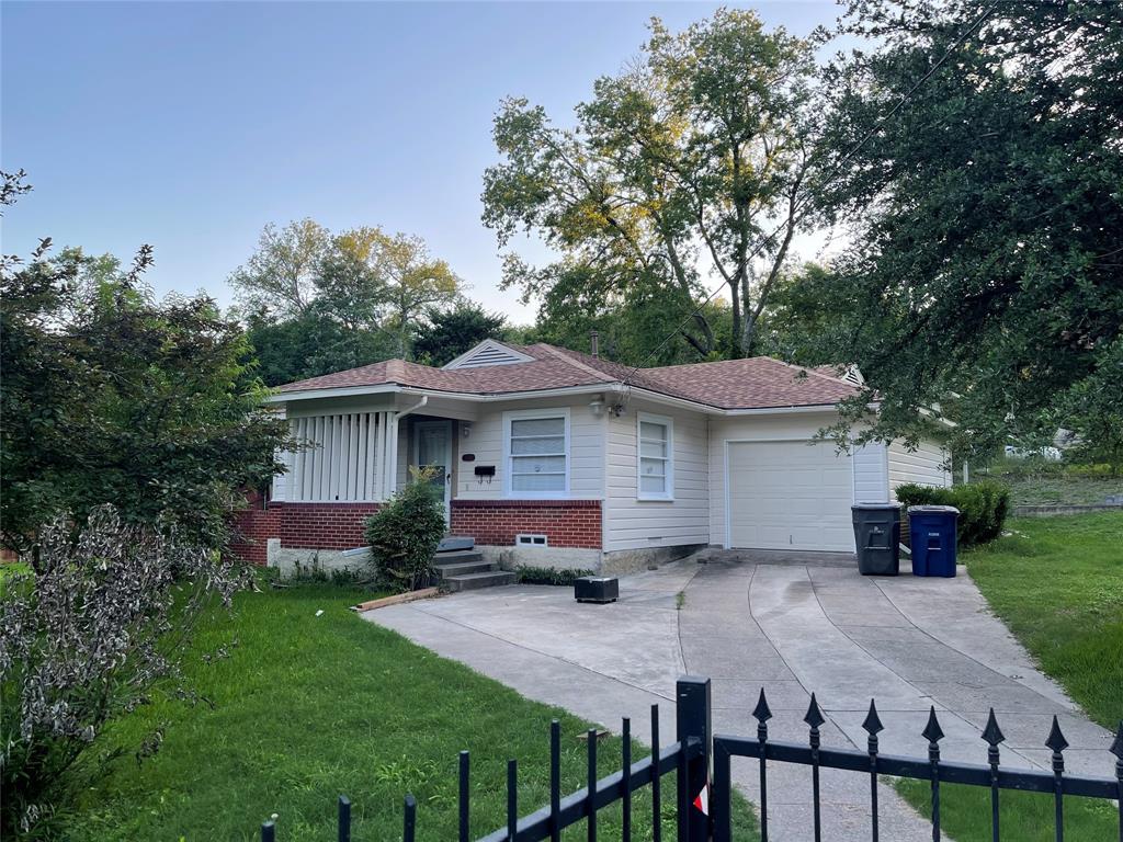 3205 Elva  Avenue, Dallas, Texas 75227 - Acquisto Real Estate best frisco realtor Amy Gasperini 1031 exchange expert