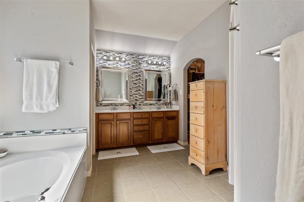 6774 Cortona  Lane, Frisco, Texas 75034 - acquisto real estate best investor home specialist mike shepherd relocation expert