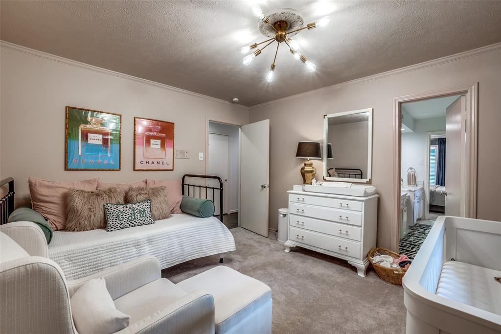 4240 Glenaire  Drive, Dallas, Texas 75229 - acquisto real estate best plano real estate agent mike shepherd