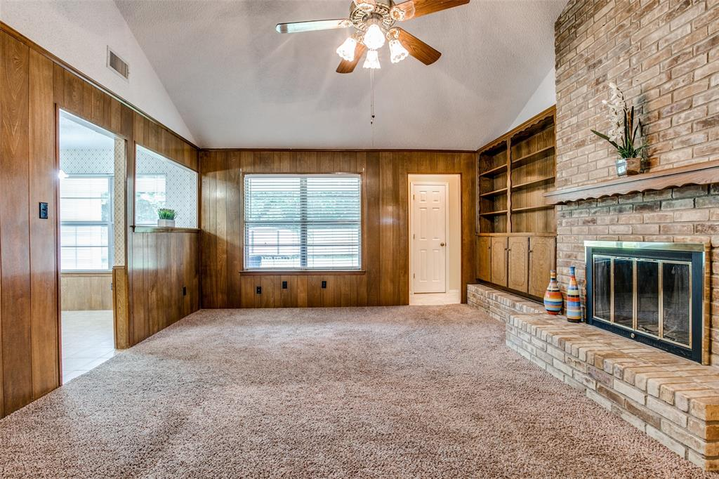 8237 Pearl  Street, North Richland Hills, Texas 76180 - acquisto real estate best real estate company in frisco texas real estate showings