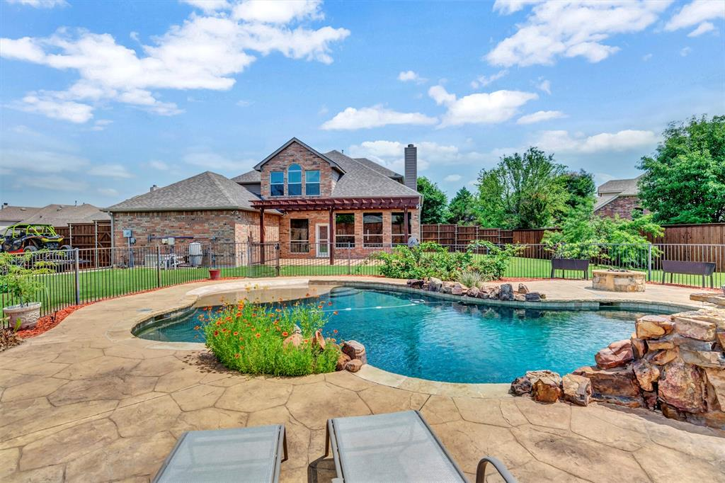 1601 Bryce Canyon  Lane, Allen, Texas 75002 - acquisto real estate agent of the year mike shepherd