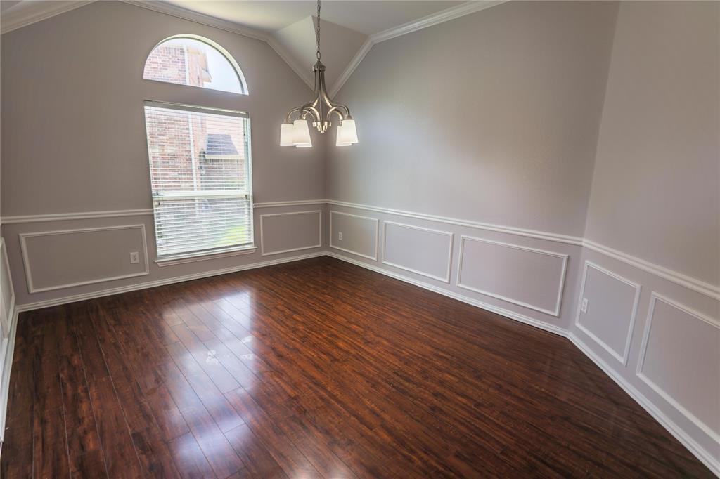 8104 Toltec  Court, Arlington, Texas 76002 - acquisto real estate best listing listing agent in texas shana acquisto rich person realtor