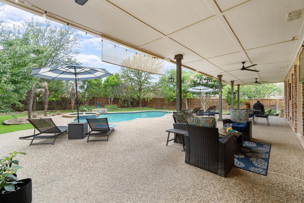 1812 Savannah  Drive, McKinney, Texas 75072 - acquisto real estate best realtor dfw jody daley liberty high school realtor