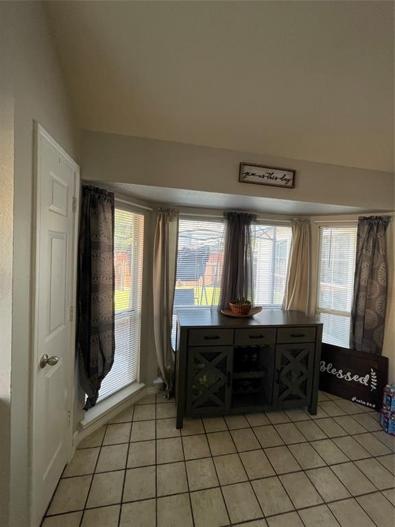 1205 Calvert  Drive, Cedar Hill, Texas 75104 - acquisto real estate best real estate company to work for