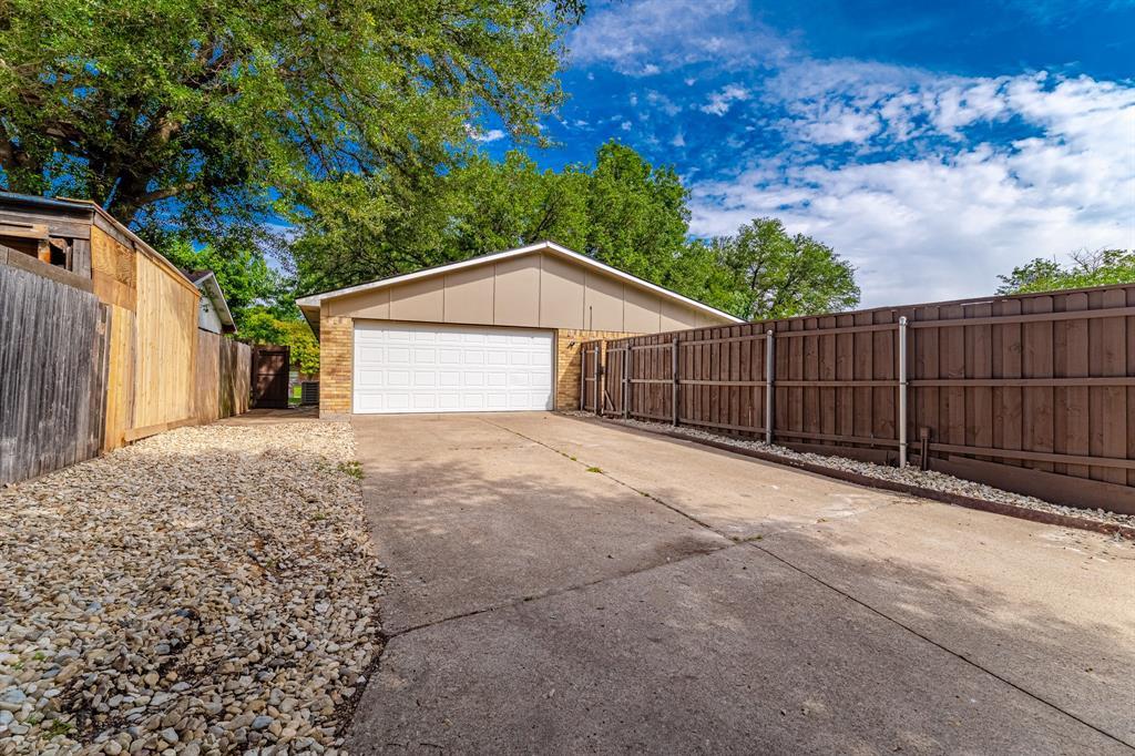6221 Glenmoor  Drive, Garland, Texas 75043 - acquisto real estate nicest realtor in america shana acquisto