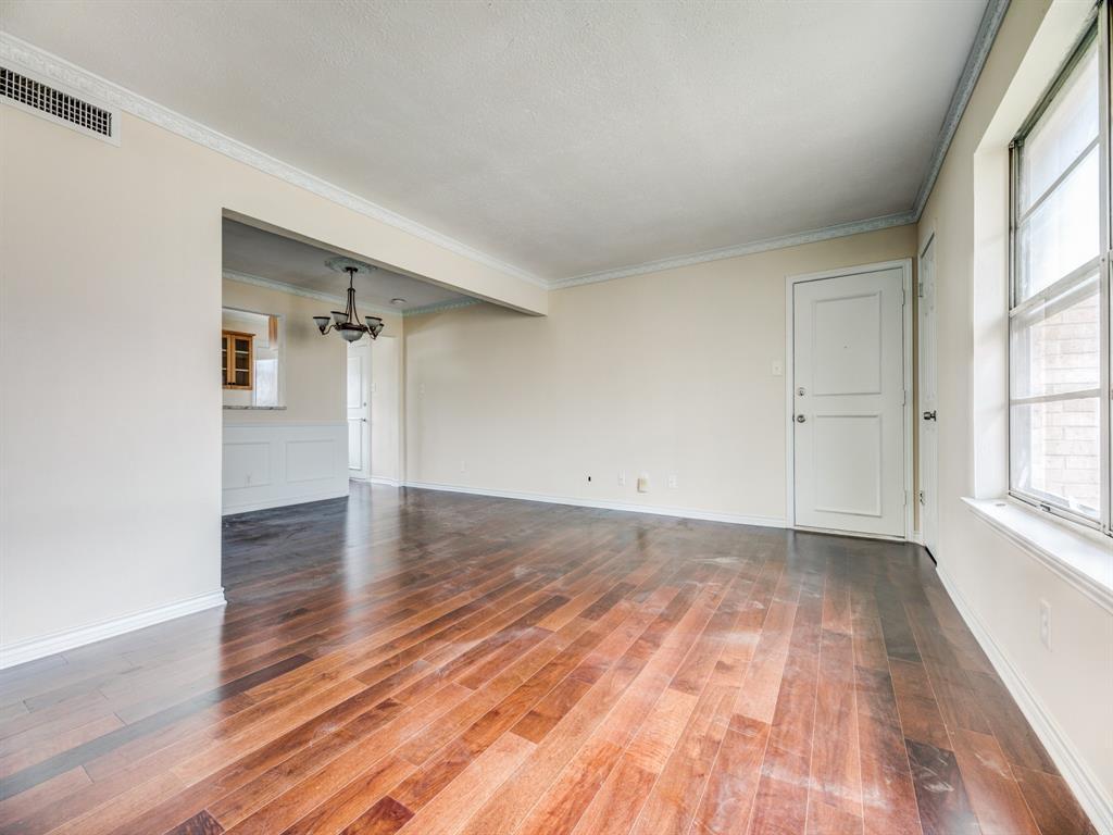 5833 Sandhurst  Lane, Dallas, Texas 75206 - Acquisto Real Estate best mckinney realtor hannah ewing stonebridge ranch expert