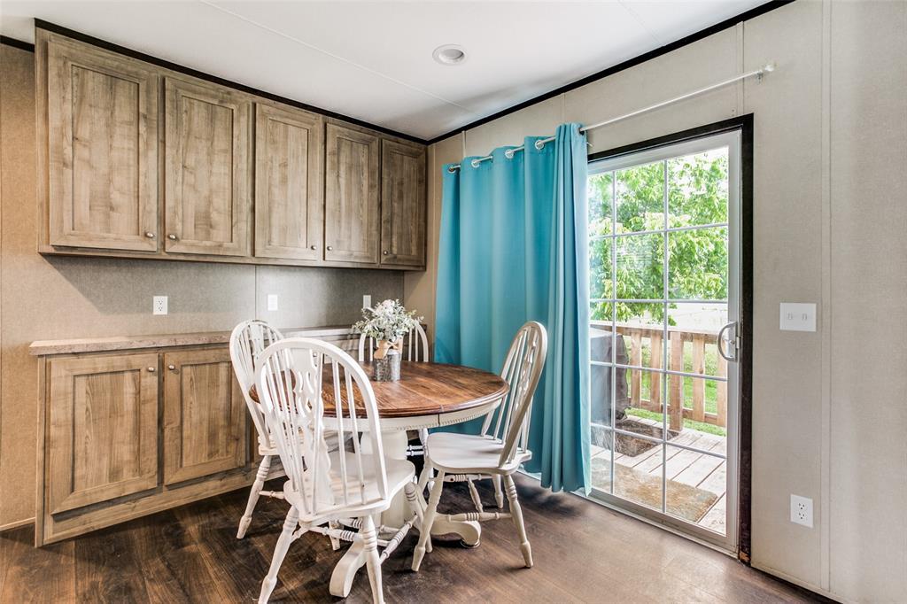 104 Sinclair  Avenue, Kerens, Texas 75144 - acquisto real estate best highland park realtor amy gasperini fast real estate service