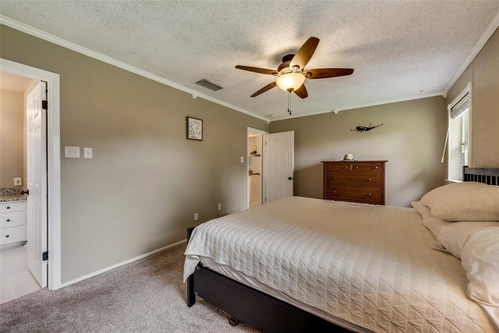 2133 Mountainview  Drive, Hurst, Texas 76054 - acquisto real estate best frisco real estate broker in texas for high net worth buyers