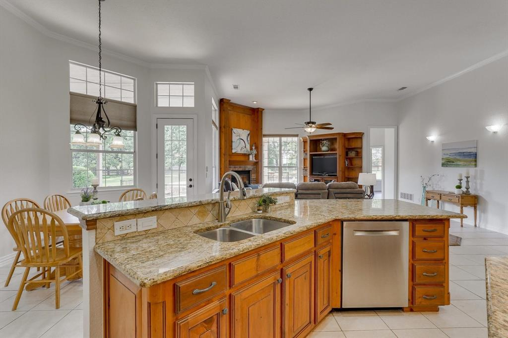 100 Maple Leaf  Double Oak, Texas 75077 - acquisto real estate best new home sales realtor linda miller executor real estate