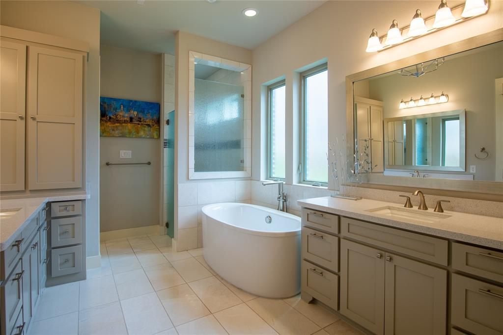 1317 Scarlet Oak  Drive, Arlington, Texas 76005 - acquisto real estate best photo company frisco 3d listings