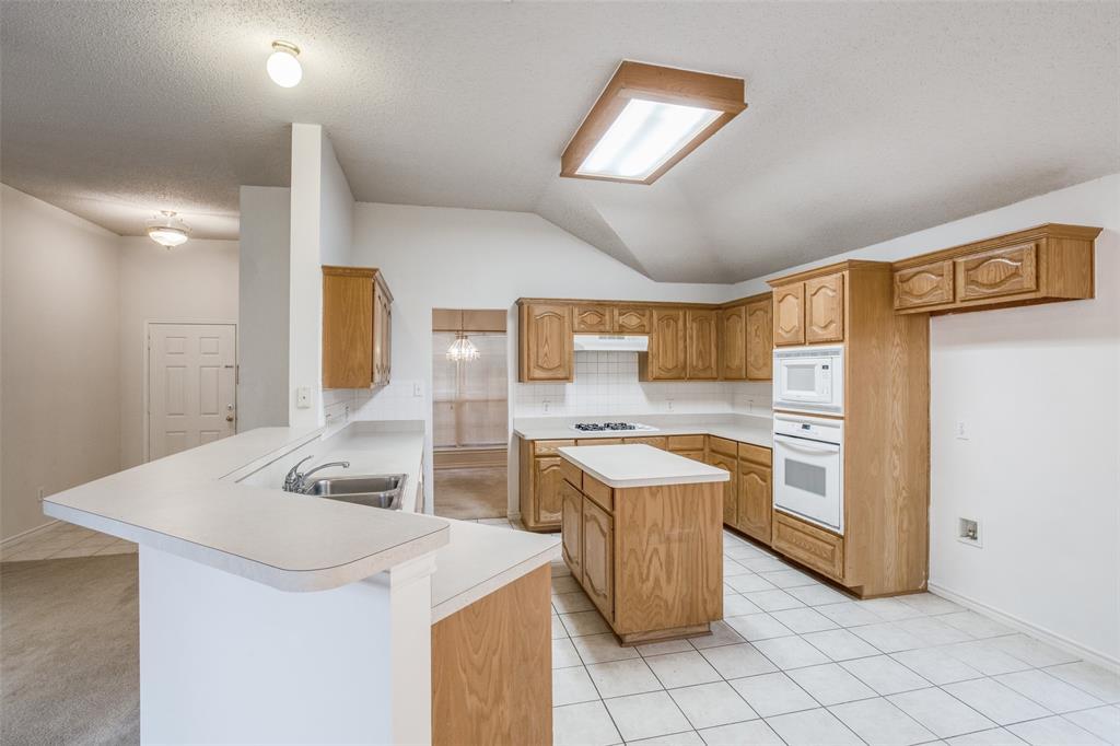 1514 Pine Bluff  Drive, Allen, Texas 75002 - acquisto real estate best highland park realtor amy gasperini fast real estate service