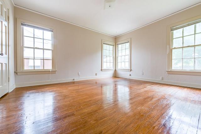 5916 Martel  Avenue, Dallas, Texas 75206 - acquisto real estate best real estate company to work for