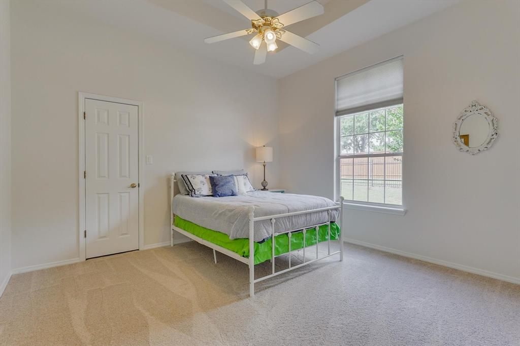100 Maple Leaf  Double Oak, Texas 75077 - acquisto real estate best frisco real estate agent amy gasperini panther creek realtor