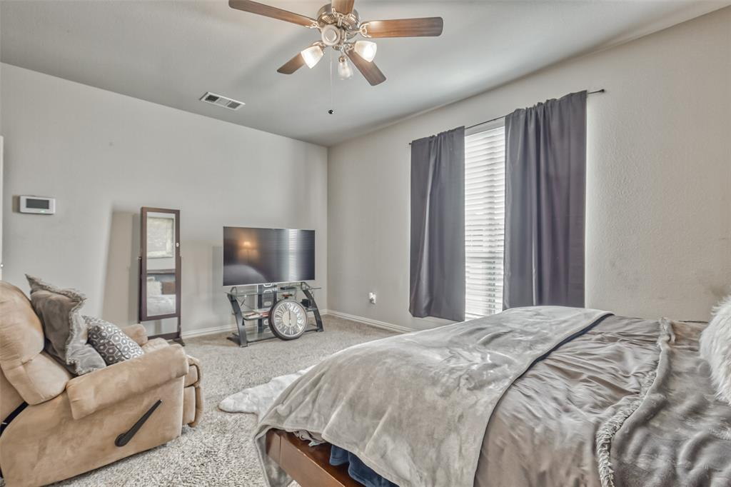 201 Brentwood  Drive, DeSoto, Texas 75115 - acquisto real estate best frisco real estate broker in texas for high net worth buyers
