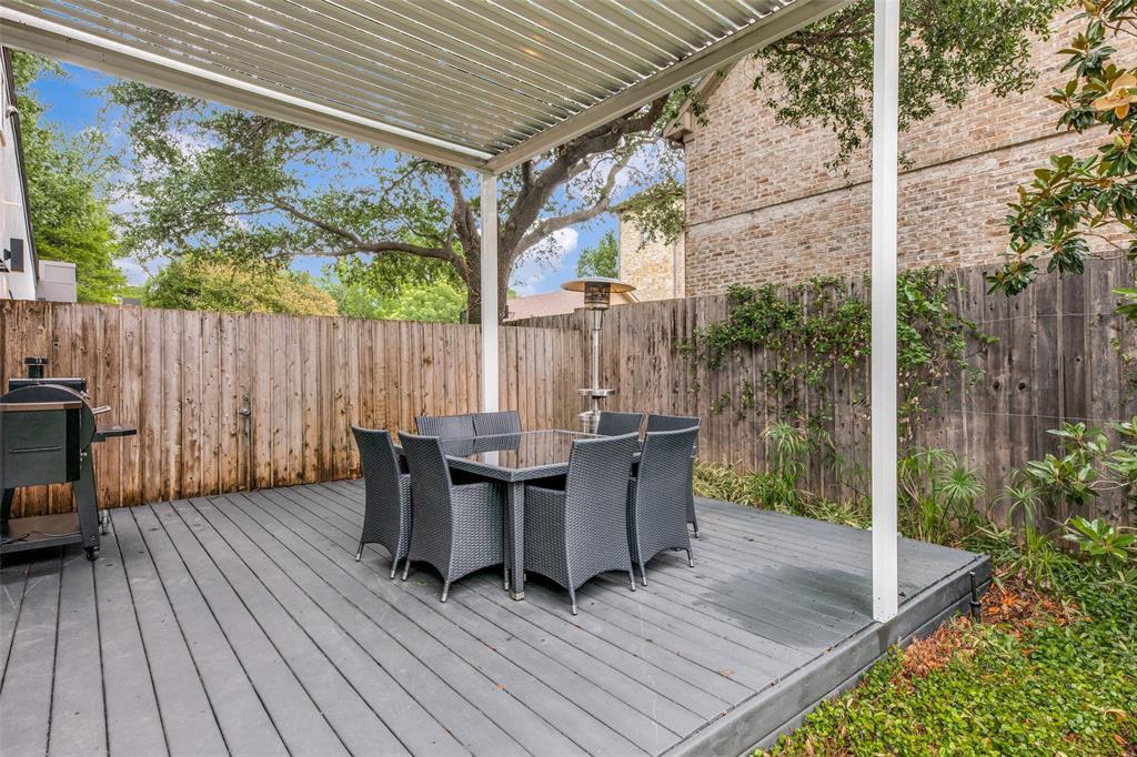 4322 Williamsburg  Road, Dallas, Texas 75220 - acquisto real estate best plano real estate agent mike shepherd
