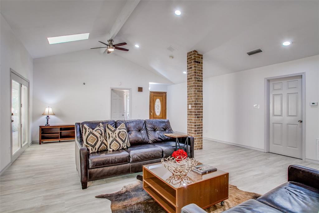 3107 Bryan  Street, Dallas, Texas 75204 - acquisto real estate best allen realtor kim miller hunters creek expert