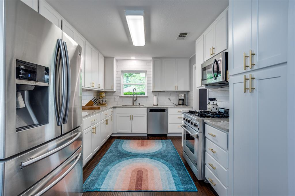 3229 Santana  Lane, Plano, Texas 75023 - acquisto real estate best highland park realtor amy gasperini fast real estate service