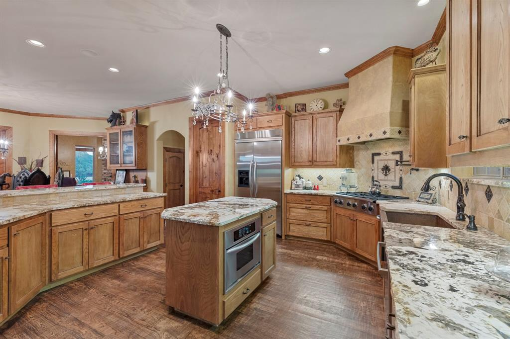 2 Groves  Circle, Argyle, Texas 76226 - acquisto real estate best photos for luxury listings amy gasperini quick sale real estate