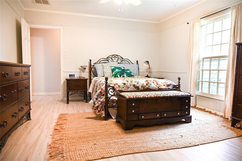 136 Umphress  Street, Van Alstyne, Texas 75495 - acquisto real estate best new home sales realtor linda miller executor real estate