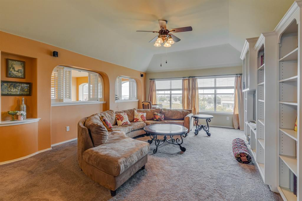 947 Yucca  Court, Burleson, Texas 76028 - acquisto real estate best realtor dfw jody daley liberty high school realtor