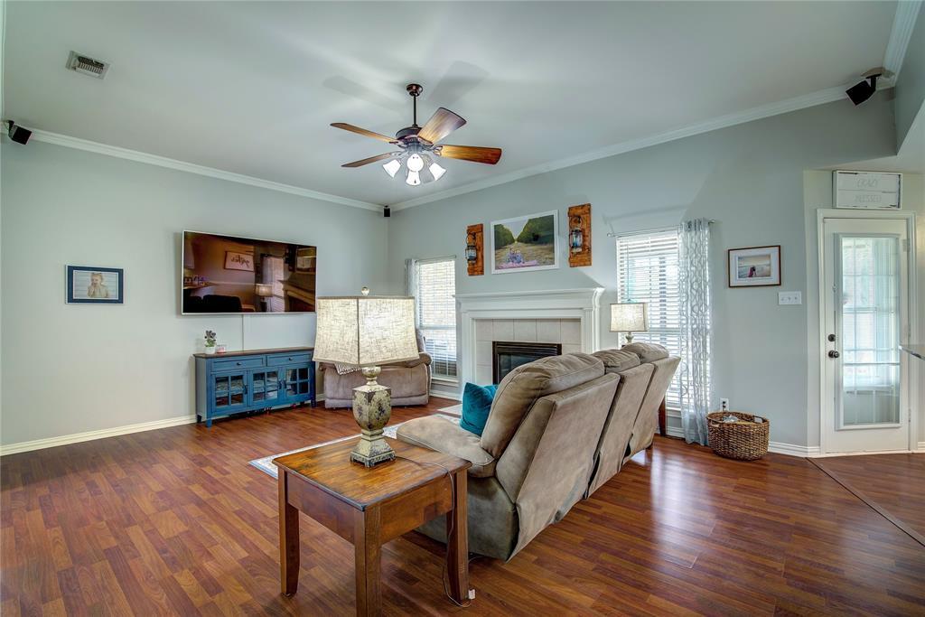 6907 Gold  Street, Greenville, Texas 75402 - acquisto real estate best highland park realtor amy gasperini fast real estate service