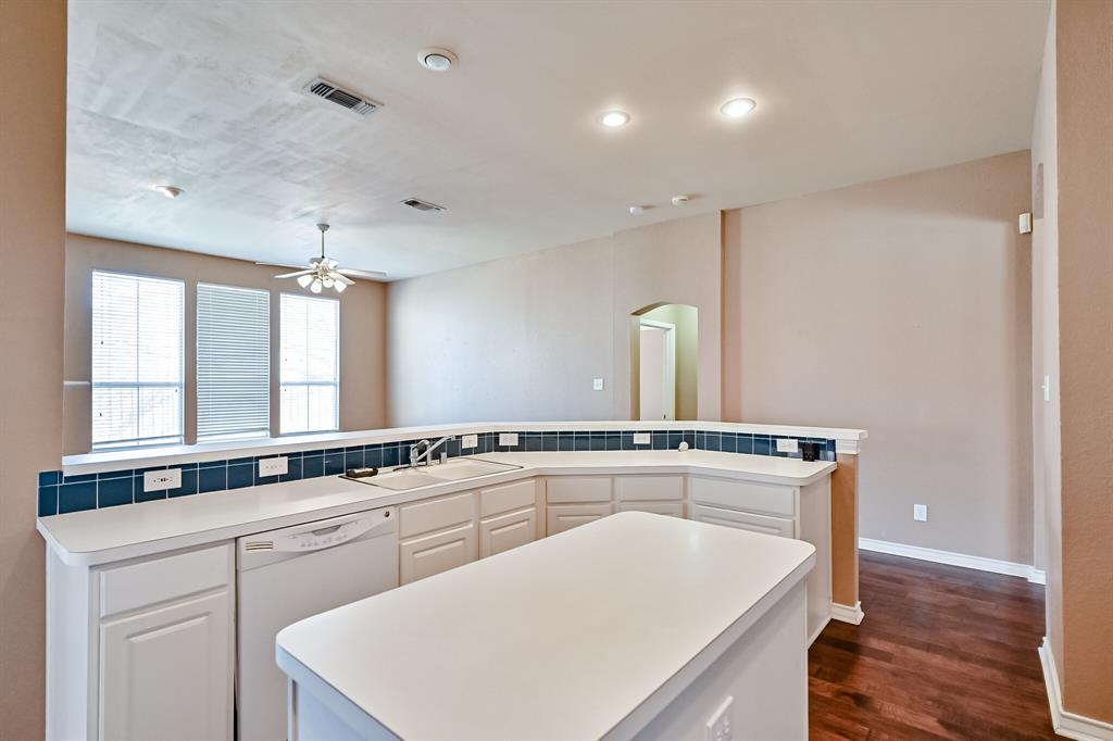 2017 Perry  Drive, Mansfield, Texas 76063 - acquisto real estate best real estate company in frisco texas real estate showings