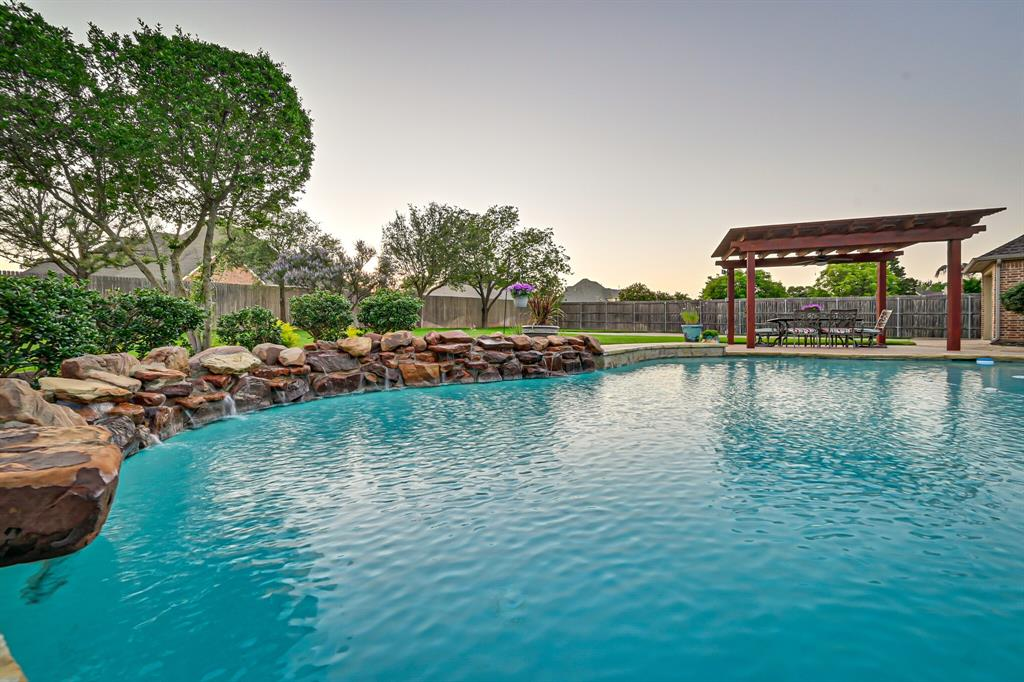 1040 Falcon Creek  Drive, Kennedale, Texas 76060 - Acquisto Real Estate best mckinney realtor hannah ewing stonebridge ranch expert