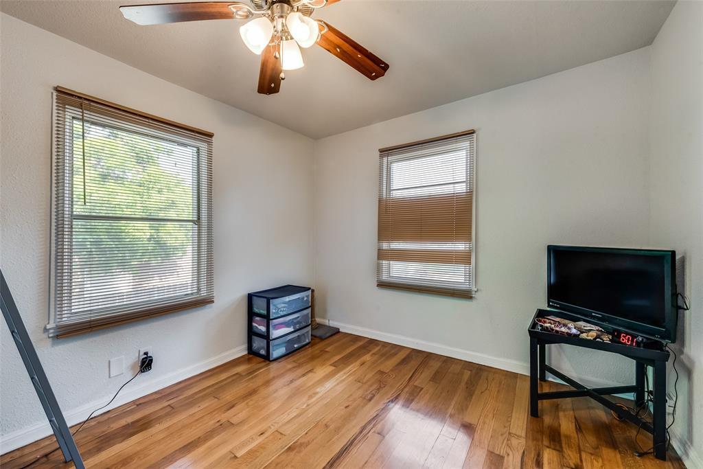 5020 Thurston  Road, River Oaks, Texas 76114 - acquisto real estate best realtor foreclosure real estate mike shepeherd walnut grove realtor