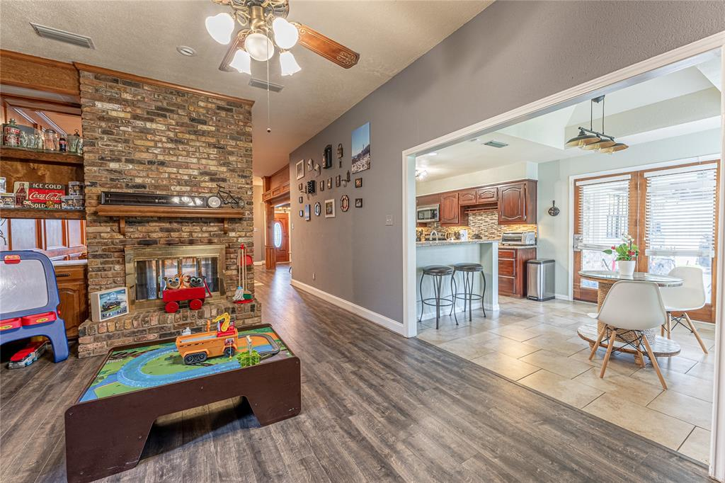 1906 Dover  Drive, Rowlett, Texas 75088 - acquisto real estate best real estate company to work for