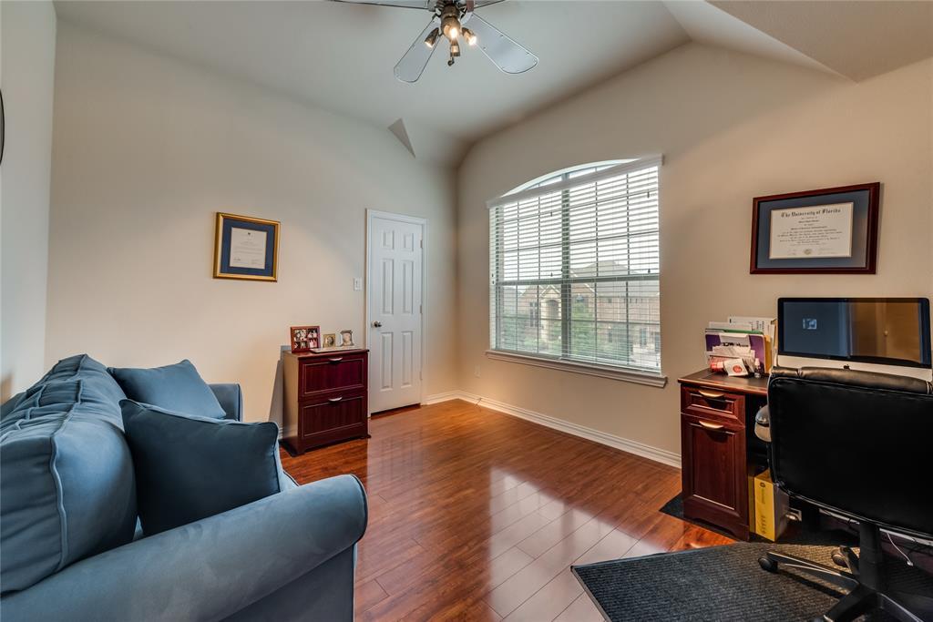 1203 Norfolk  Street, Roanoke, Texas 76262 - acquisto real estate best realtor dallas texas linda miller agent for cultural buyers