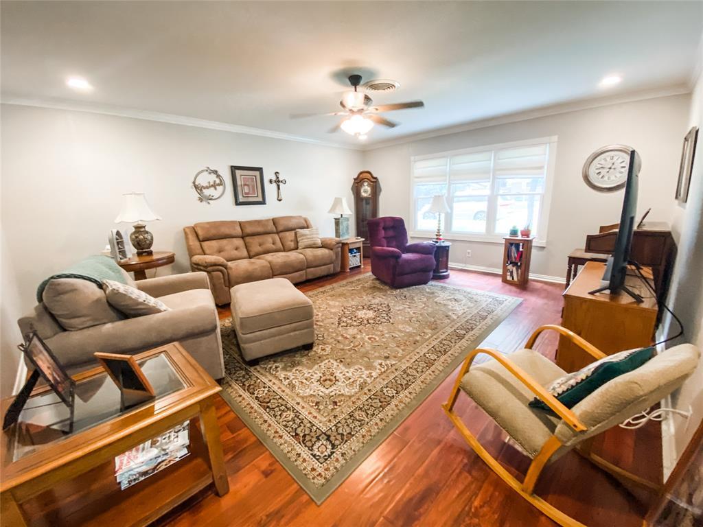 2103 High  Street, Brady, Texas 76825 - acquisto real estate best celina realtor logan lawrence best dressed realtor