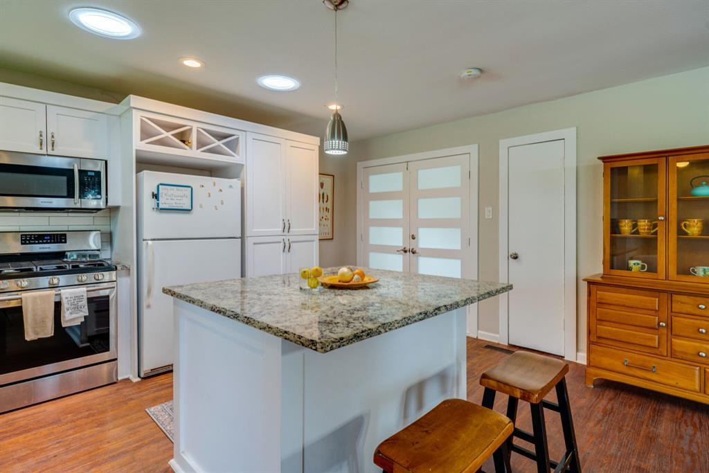 219 Hanover  Lane, Irving, Texas 75062 - Acquisto Real Estate best frisco realtor Amy Gasperini 1031 exchange expert
